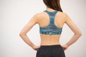 パンチに必要な「肩甲骨」ストレッチで肩こりも解消!|ボクシングフィットネスジムNOA
